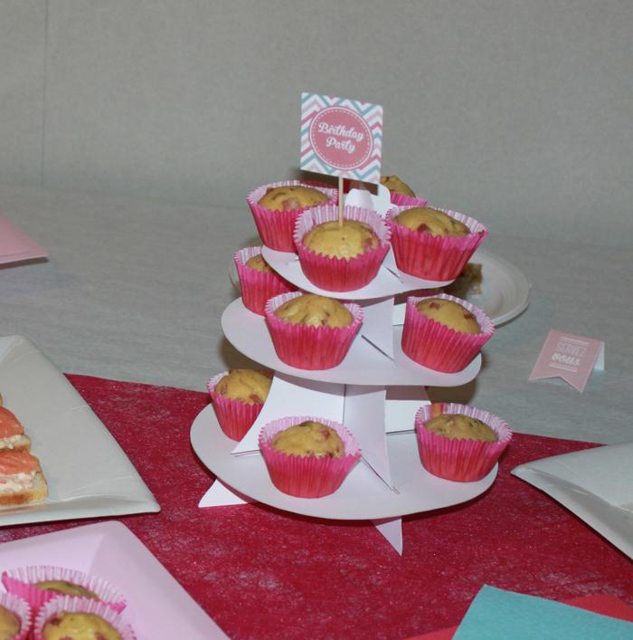 sweet table, décoration de table, décoration anniversaire, décoration rose, décoration anniversaire 20 ans
